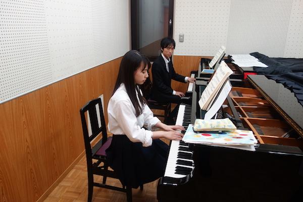 副科ピアノ