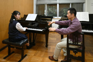 レッスンピアノ